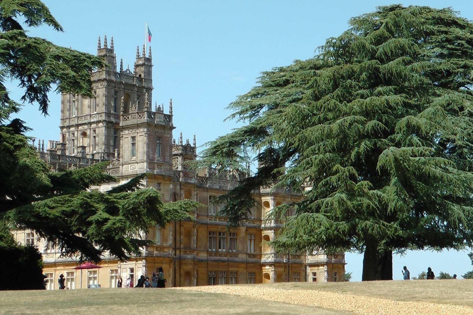\'Downton Abbey\' cast feeling the pressure ahead of movie