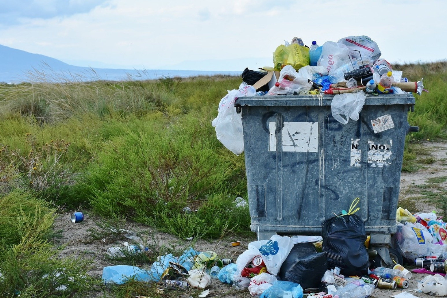 Fines for littering to be almost doubled
