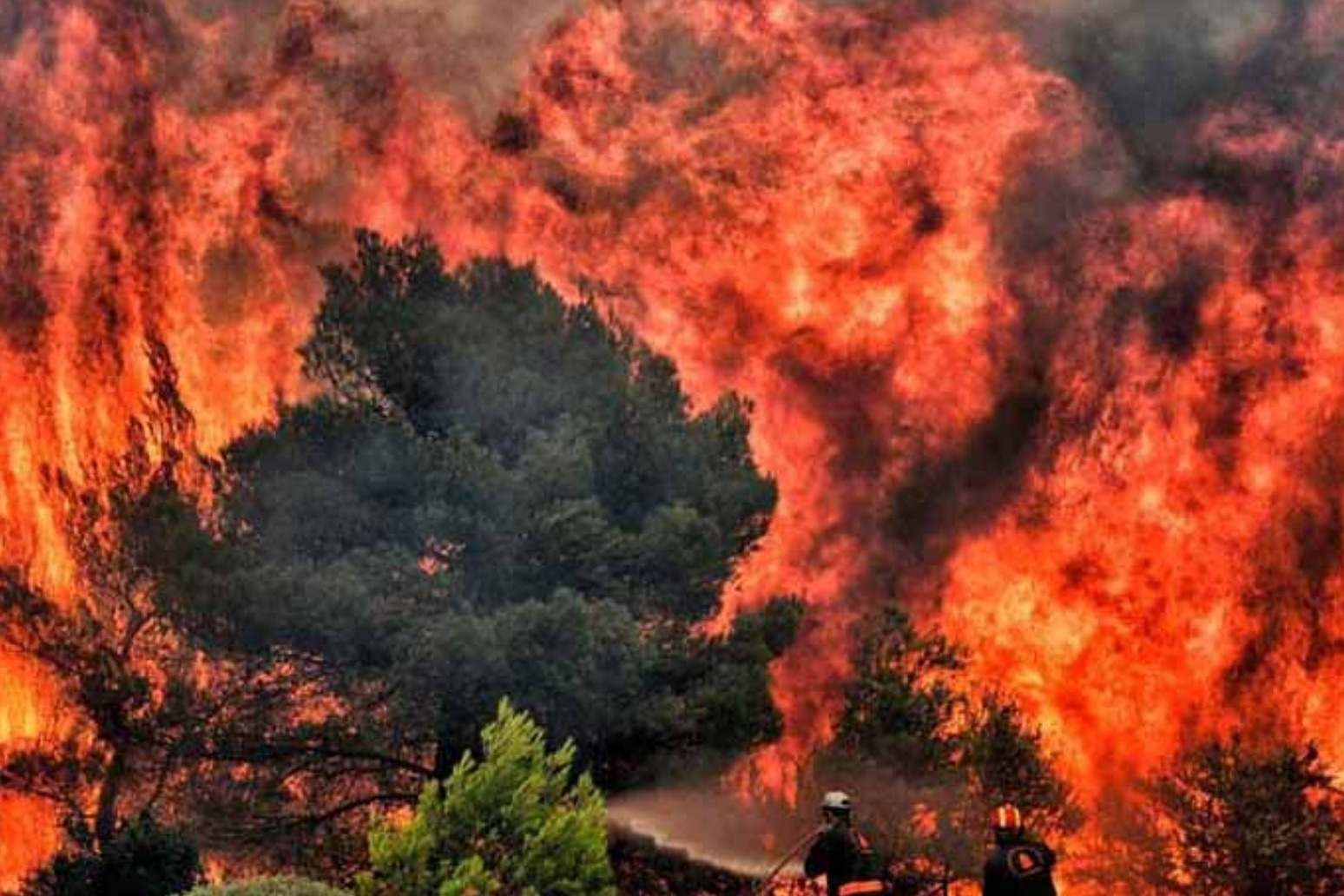 British teams sent to Greece to help tackle wildfires.