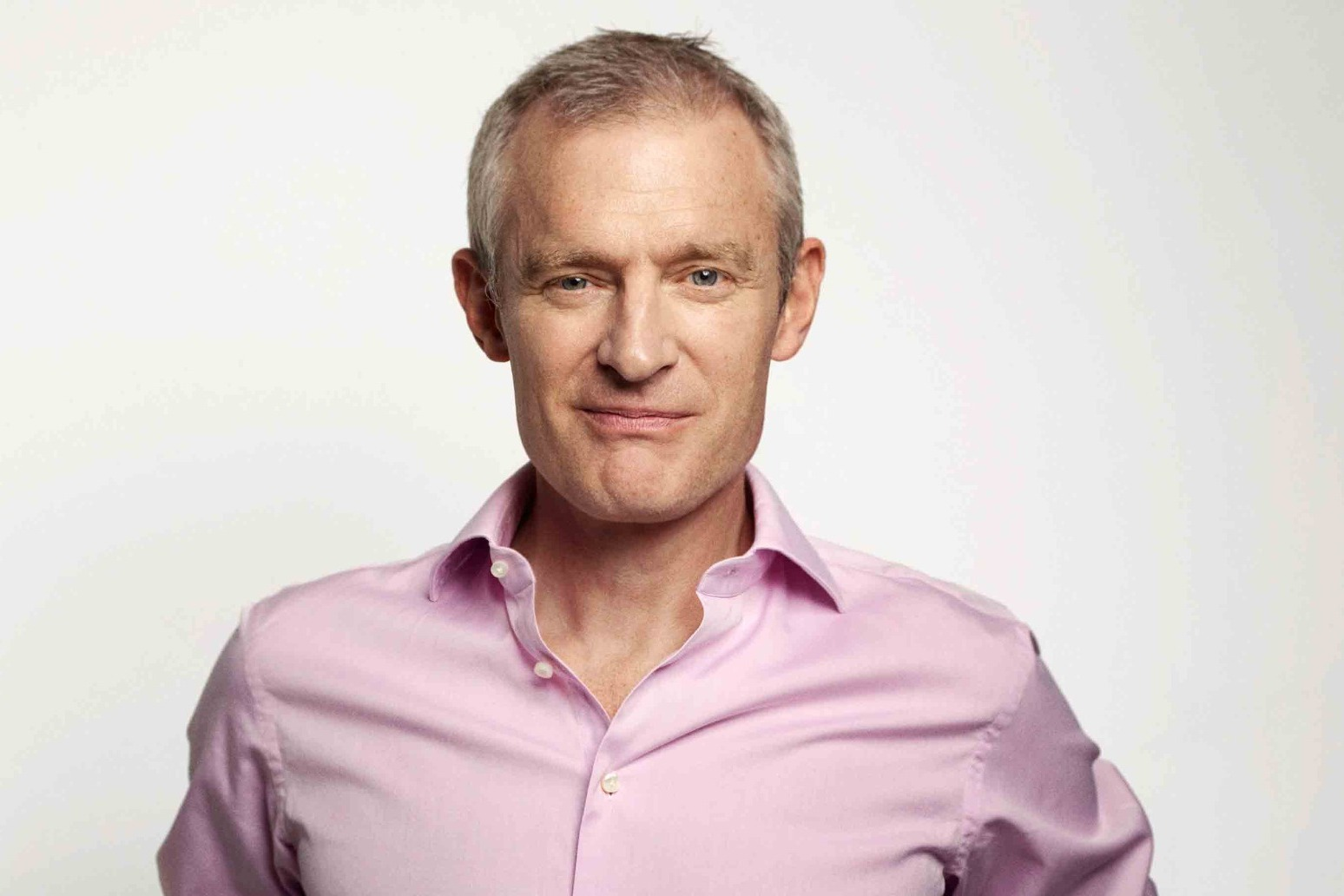 Jeremy Vine 'unnerved' after anti-vaccine protesters target his home