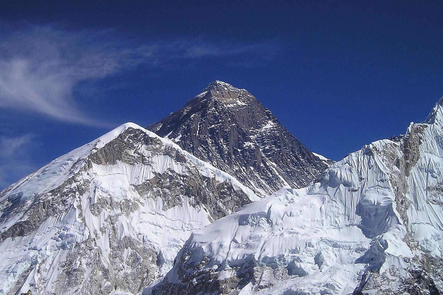 UK man dies on Mount Everest