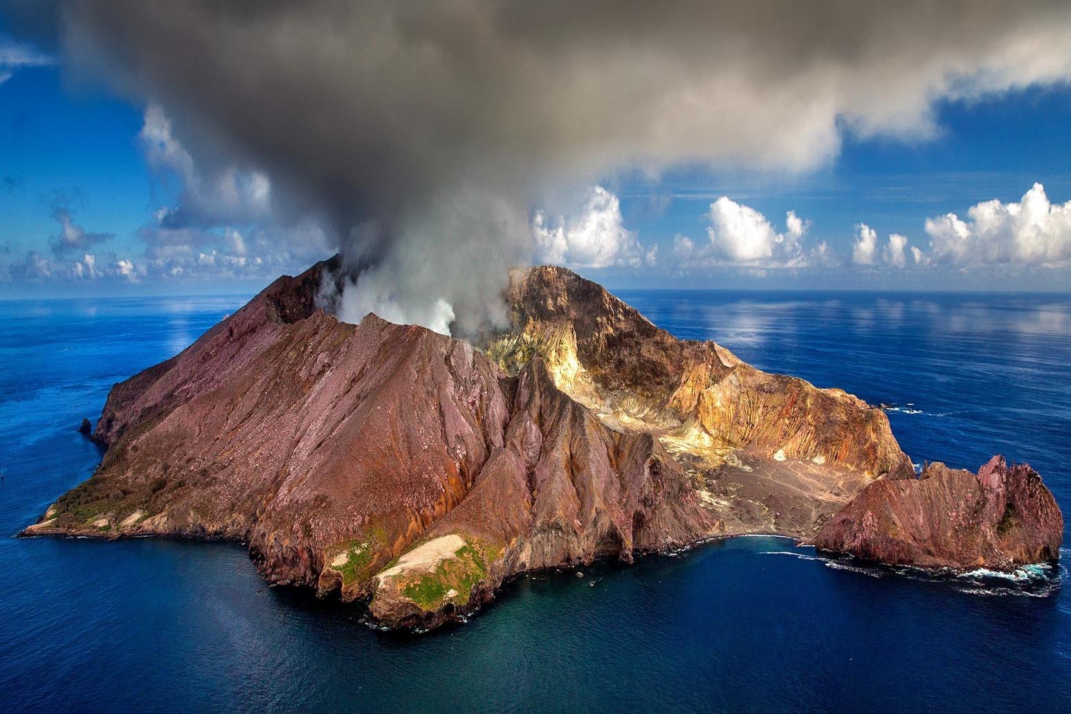 Landslide on Krakatau volcano seen as likely trigger of Indonesia tsunami