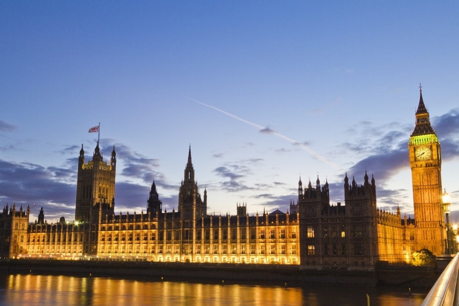 MPs vote against a no-deal Brexit