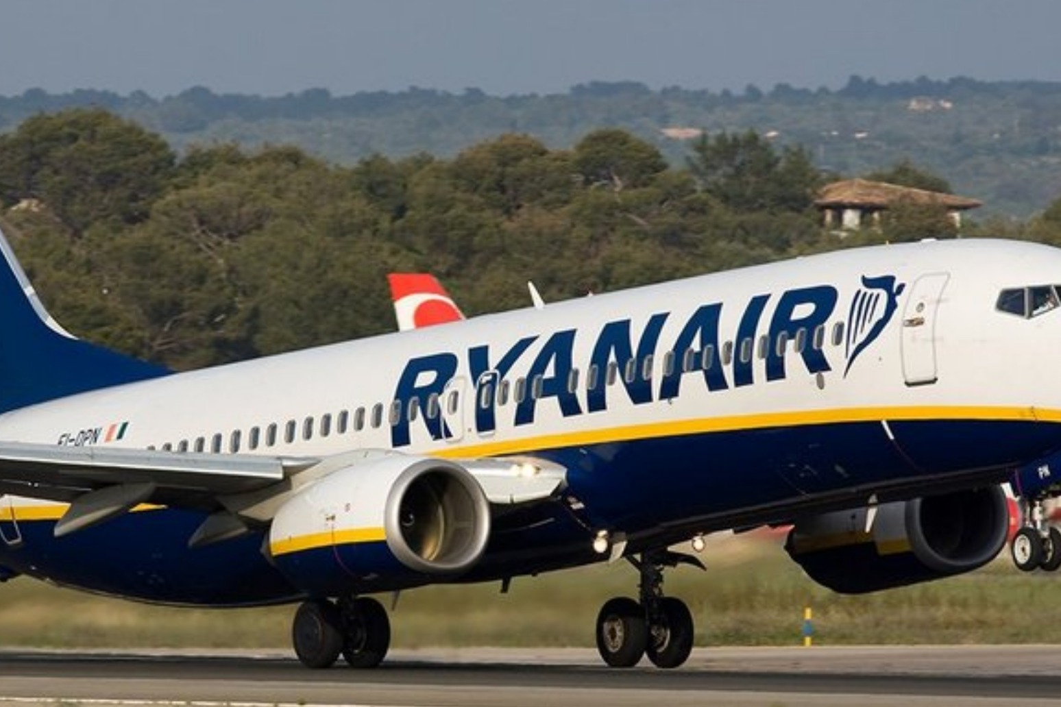 Hundreds of flights canceled as Ryanair pilots go on strike again