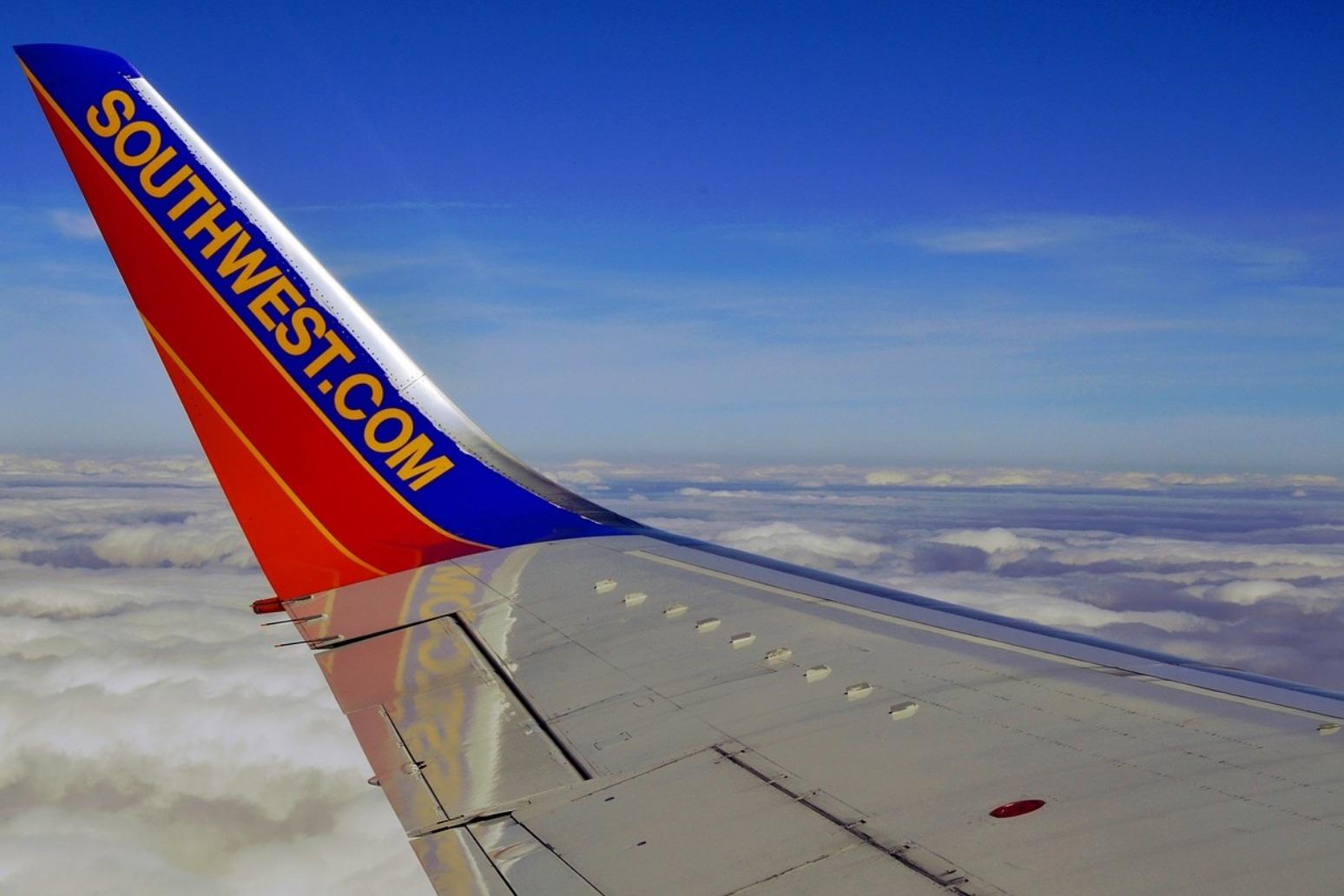 One dead after engine blast on passenger plane