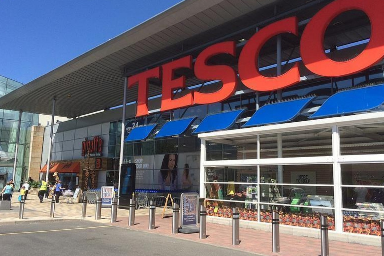 Tesco shines in home market and beats annual profit forecast