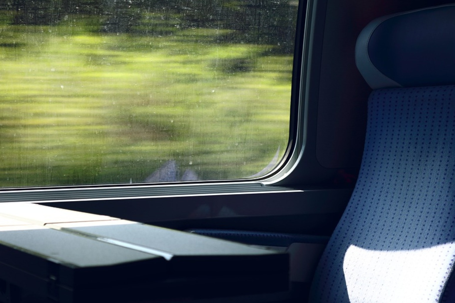 Better mobile and Wi-Fi connectivity on the way for rail passengers
