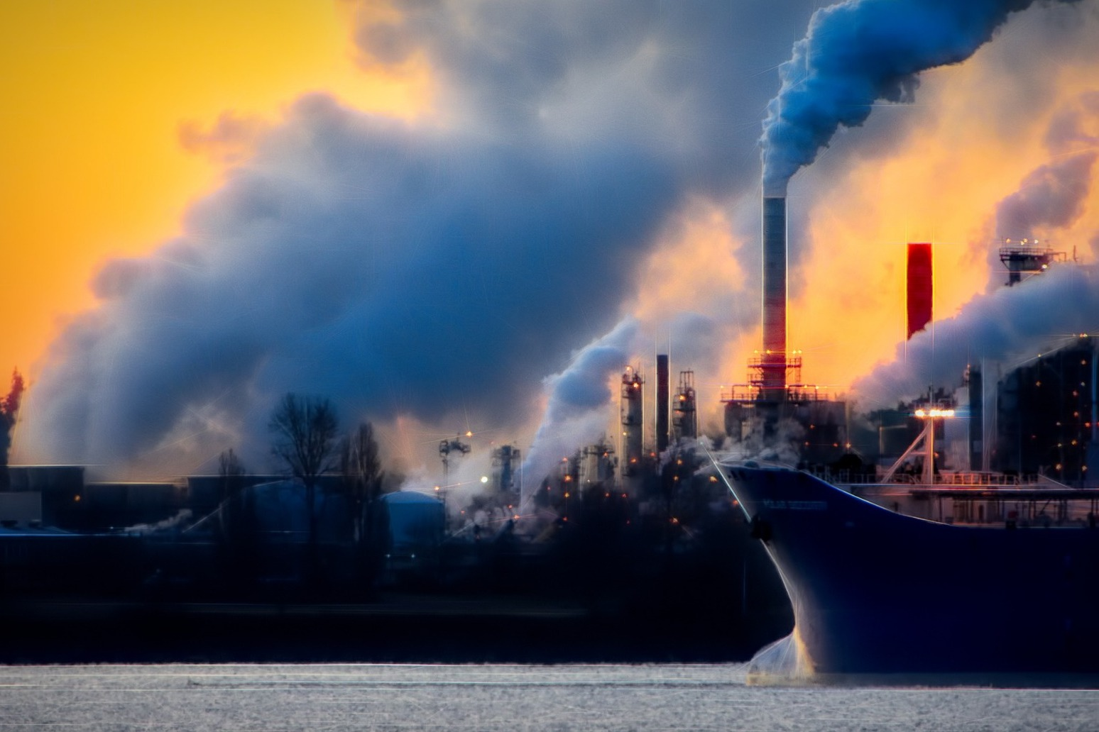 Britain should deepen climate target to net zero emissions by 2050 – advisers